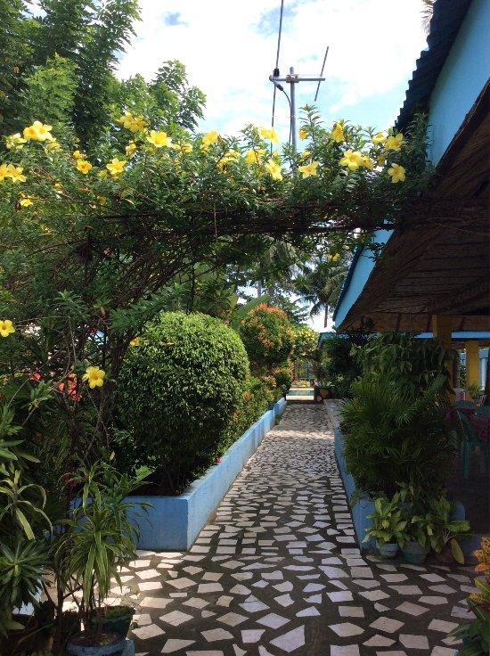 Looc Garden Beach Resort