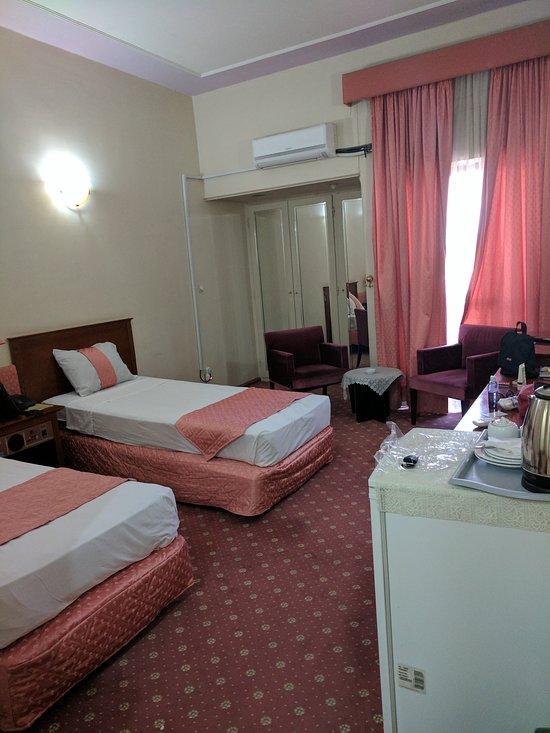 Parsian Azadi Hotel Bam