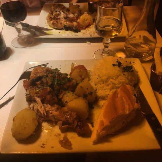 Restaurant cafe le petit cluny dans paris avec cuisine fran aise - Restaurant cuisine francaise paris ...