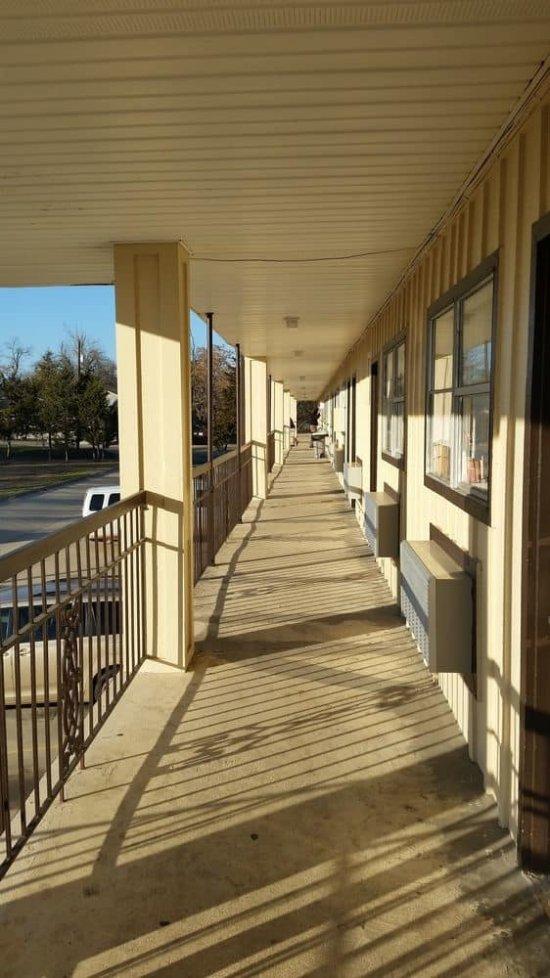 Kings Inn Motel