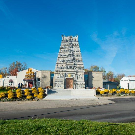 Places To Visit In Pontiac Michigan: Devi Parashakthi Ma (Eternal Mother) Temple, Pontiac