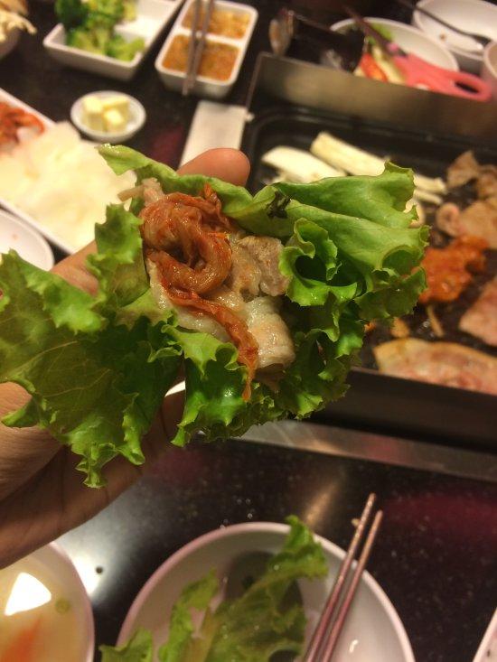 Kimju korean royale cuisine bangkok 2194 soi for Cuisine royale