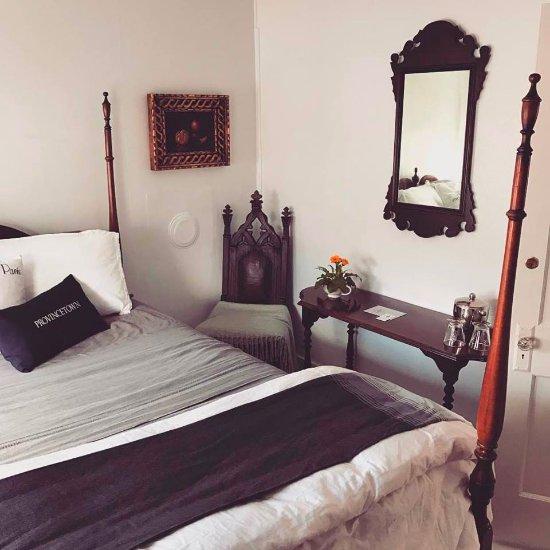 The Gaslamp Bed & Breakfast