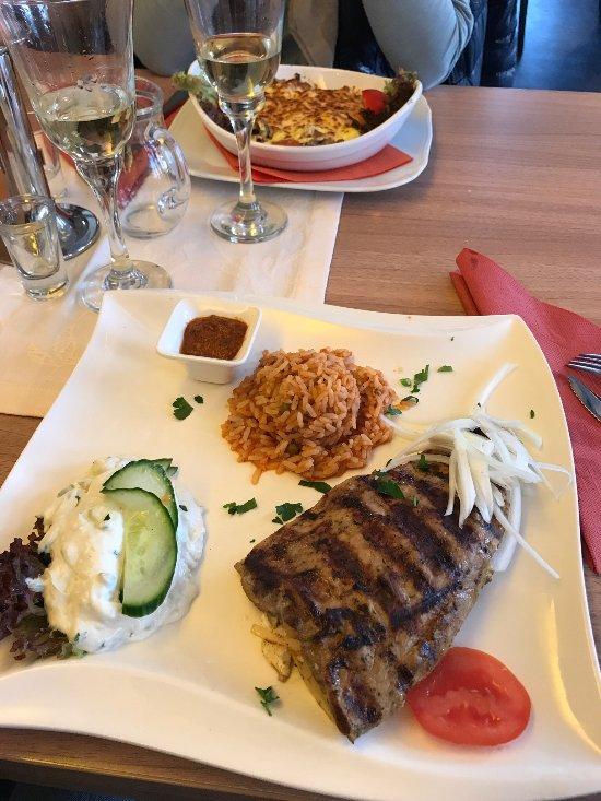 Akropolis griechisches restaurant steinheim restaurant for Akropolis greek cuisine merrillville in