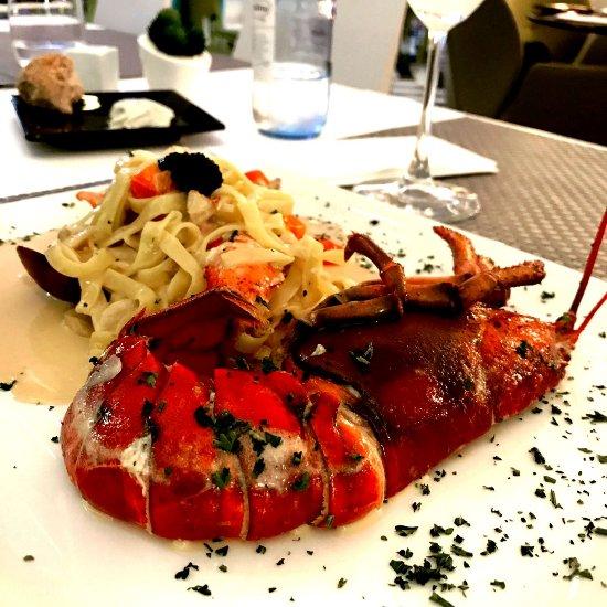 Don leone puerto banus restaurant reviews phone number photos tripadvisor - Zoom pizza puerto banus ...