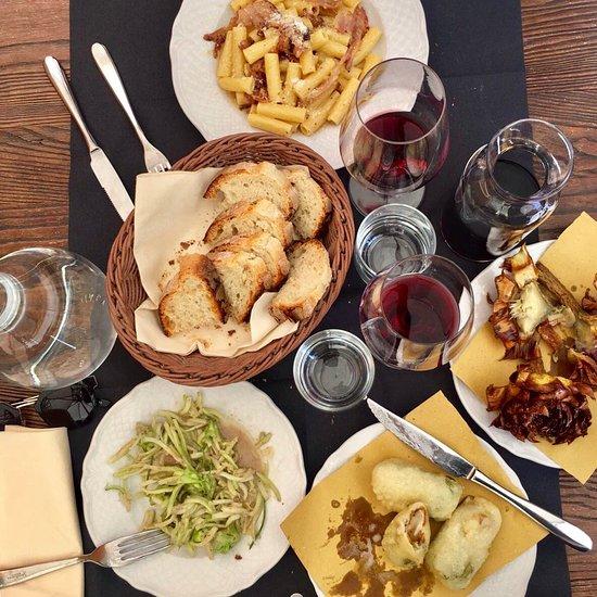 Best Romantic Restaurants In Rome Italy: Verso Sera, Enoteca & Degustazione, Rome