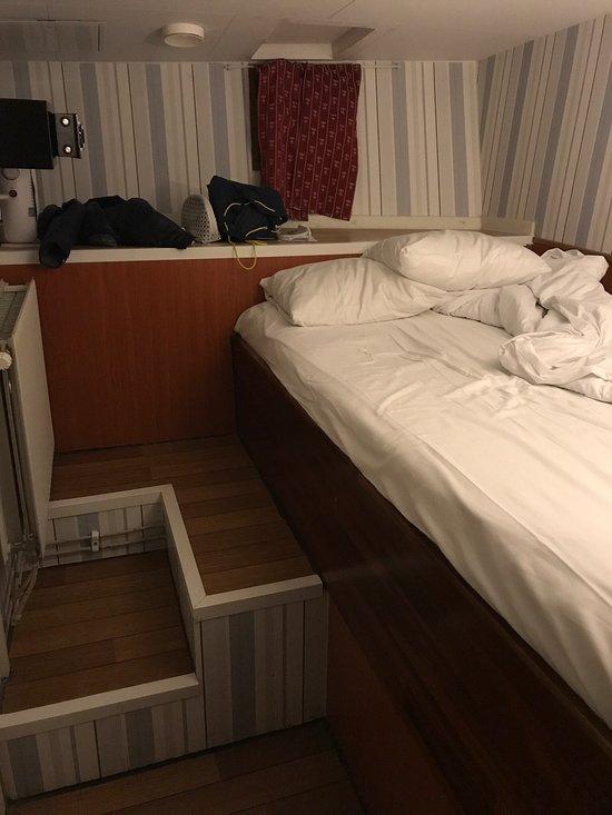 로긴 호텔