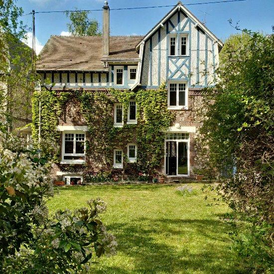 L 39 adresse normande b b rouen france voir les tarifs 9 avis et 30 photos - Maison jardin trinidad rouen ...
