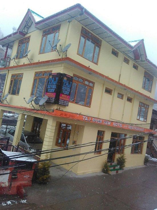 Taj River View Hotel