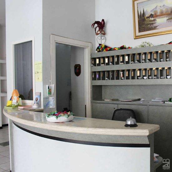 Hotel Caesar Pesaro Booking