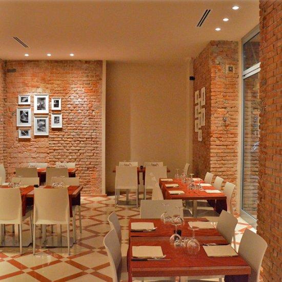 Arirang plus milano citt studi ristorante recensioni for Nuovo locale milano