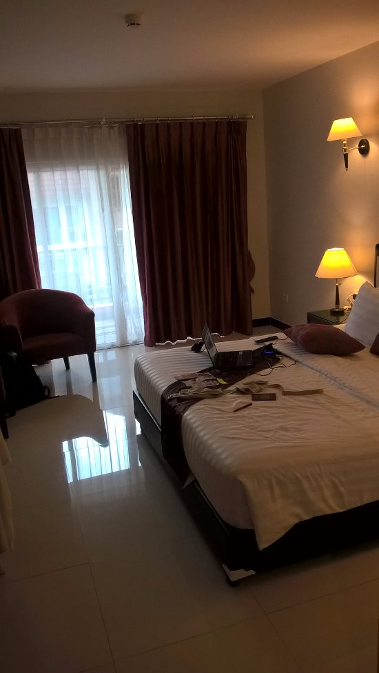Pattaya Blue Sky Hotel Reviews