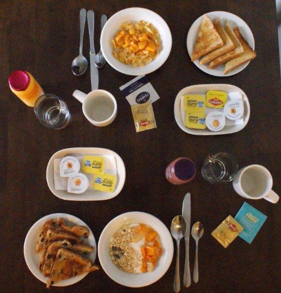Apollo Bay Restaurants Breakfast