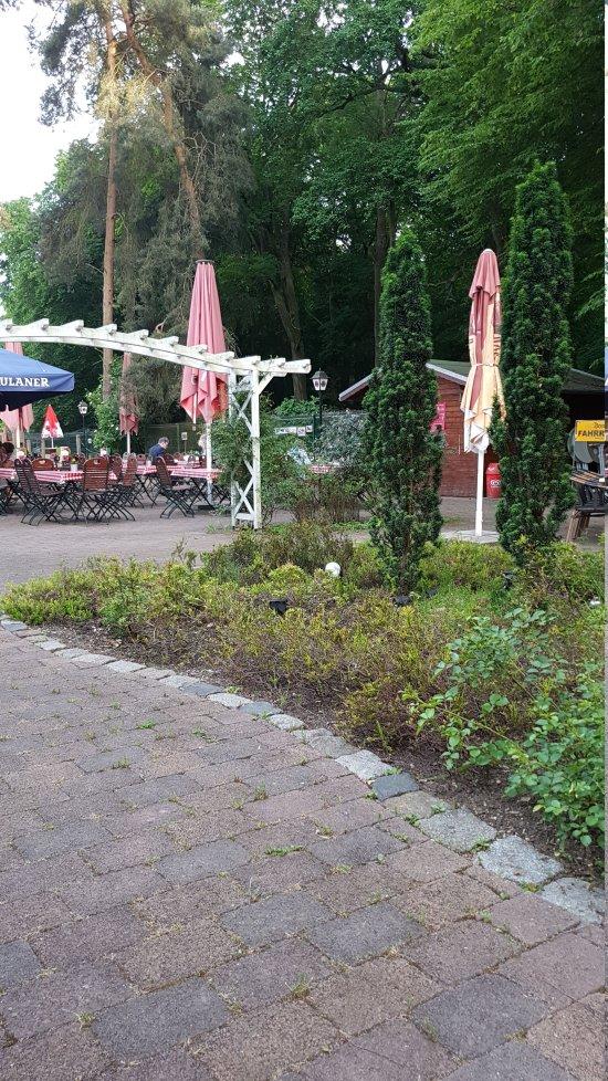 Domholzschänke Schkeuditz - Restaurant Bewertungen, Telefonnummer ...