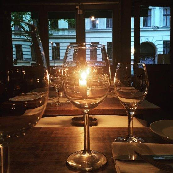 la raclette berlin kreuzberg restaurant bewertungen telefonnummer fotos tripadvisor. Black Bedroom Furniture Sets. Home Design Ideas