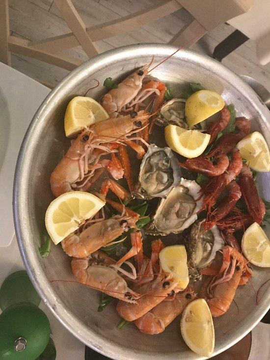 Ristorante mad fish ciampino restaurant reviews phone for Mad fish restaurant
