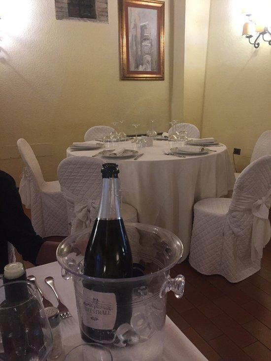 Ristorante fabiani gubbio ristorante recensioni numero di telefono foto tripadvisor - Cucina 89 gubbio ...