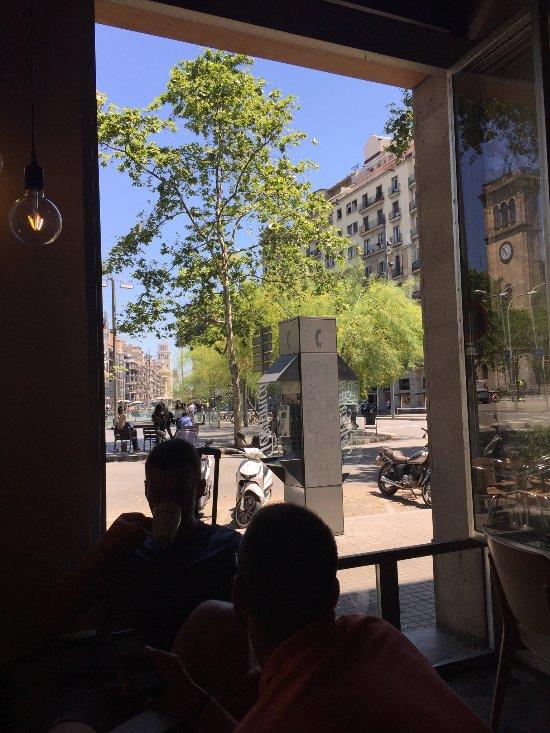 Buenas migas barcelona placa universitat 1 el raval - Placa universitat barcelona ...