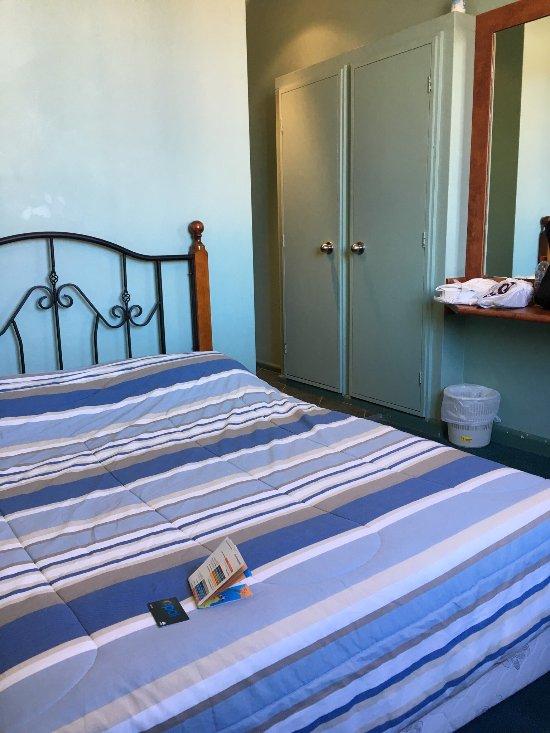 Harp Deluxe Hotel Wollongong