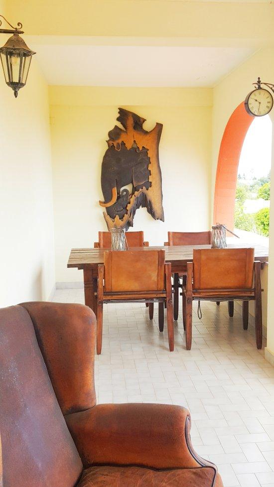 villa paraiso porches portugal foto 39 s reviews en prijsvergelijking tripadvisor. Black Bedroom Furniture Sets. Home Design Ideas