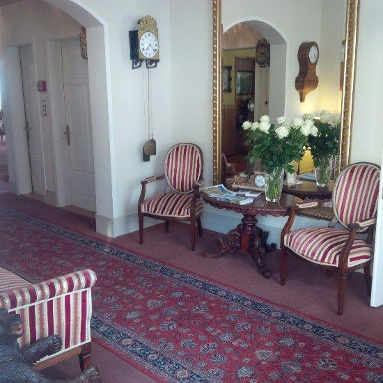Hotel De La Paix Updated 2017 Reviews Amp Price Comparison