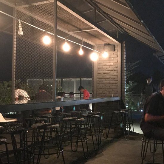 Two Stories Good Food And Drinks, Bogor