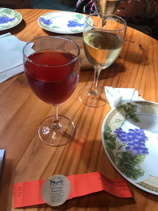 Things To Do in Oak Crest Vineyard and Winery, Restaurants in Oak Crest Vineyard and Winery