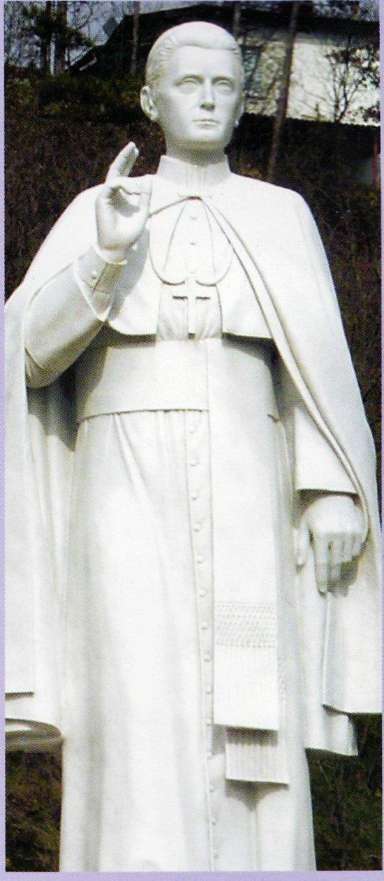 Statua di Sant'Antonio Gianelli