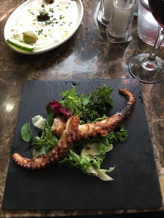Athena meze bar restaurant chippenham restaurant for Athena mediterranean cuisine