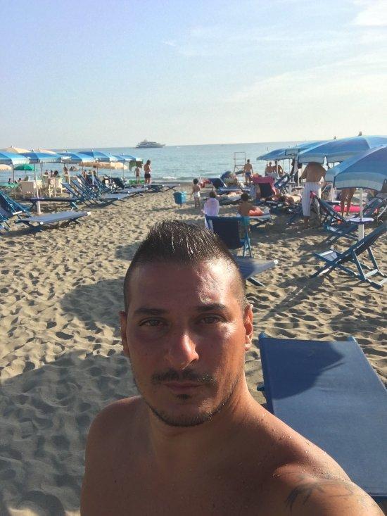 Bagno fernando marina di massa fotos n mero de tel fono - Bagno italia marina di massa ...