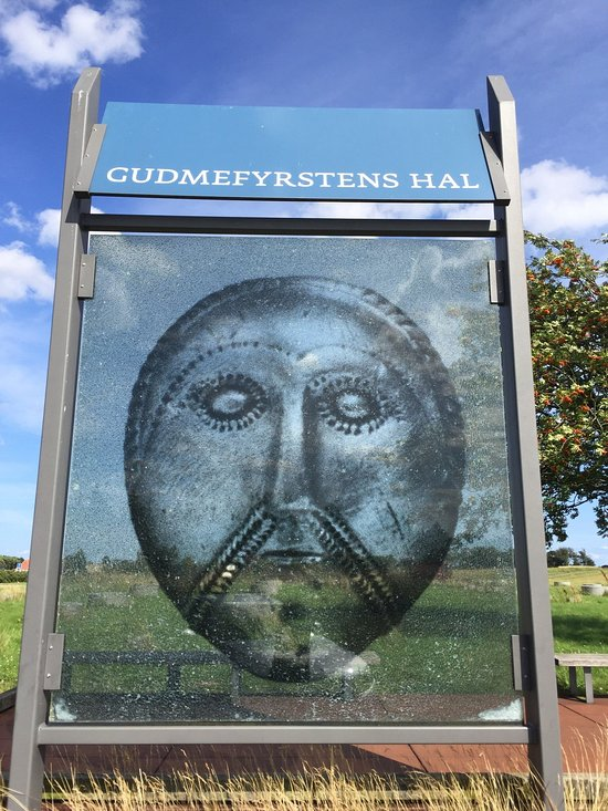 Gudmekongens Hal (Gudme, Danmark) - anmeldelser