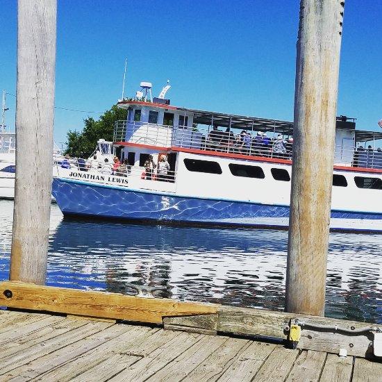 Cape Cod Groupon: Hyannisport Harbor Cruises (Hyannis, MA