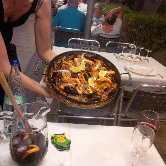 Restaurante el faro en cambrils con cocina mediterr nea - Restaurante el faro madrid ...