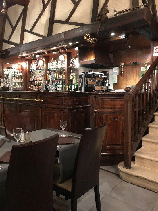Chez vincent marseille 2 b avenue des chartreux for Restaurant chez marie marseille