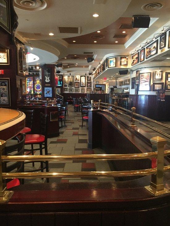 Hard Rock Cafe, Atlantic City - Menu, Prices & Restaurant ...