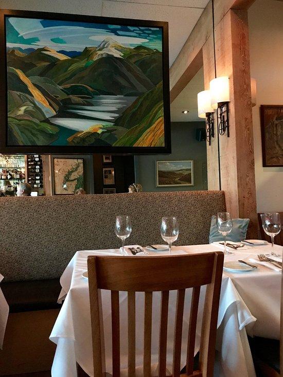 Canyon Edgemont Village North Vancouver Restaurant Reviews Phone Number Photos Tripadvisor