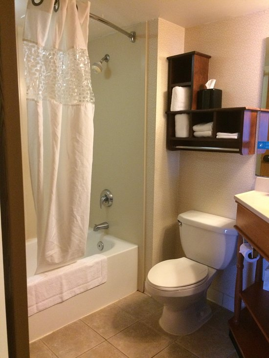 Hampton Inn Batesville 103 1 2 Updated 2018 Room Prices Hotel Reviews In Tripadvisor