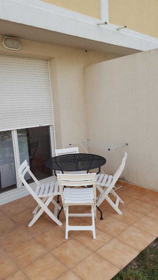 appart 39 city toulon six fours les plages six fours les plages fransa otel yorumlar ve fiyat. Black Bedroom Furniture Sets. Home Design Ideas