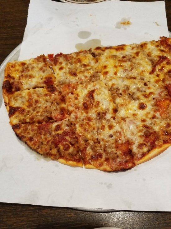 Mabe s pizza decorah menu prices restaurant reviews