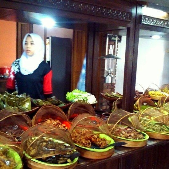 Rm Roso Echo Cirebon Ulasan Restoran Tripadvisor