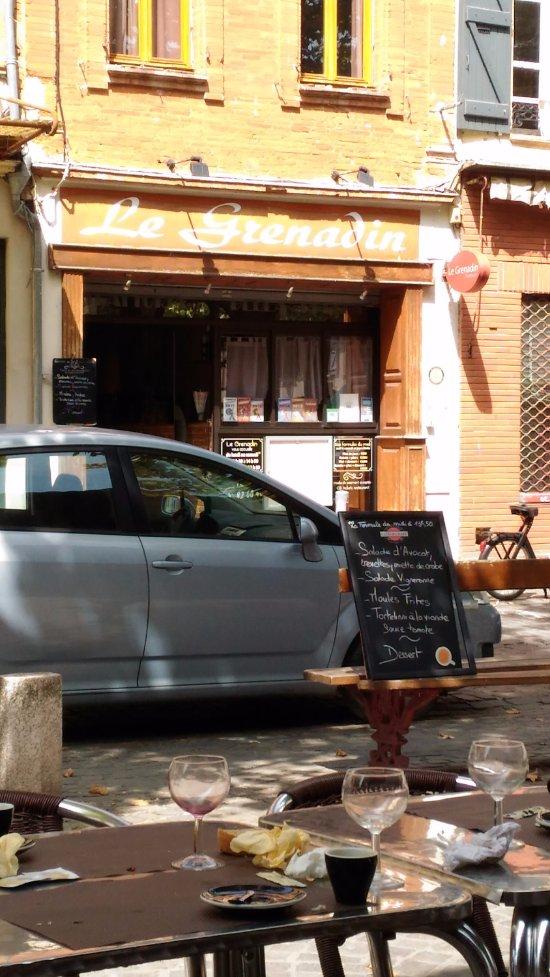 Restaurant Rue De La Republique Grenade