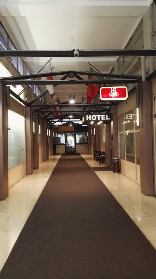 Hotel ritter milan talya otel yorumlar ve fiyat for Hotel ritter milano