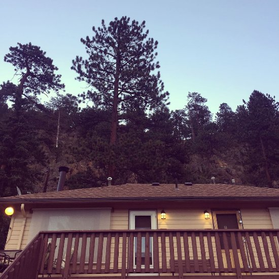 Misty mountain lodge updated 2017 reviews price for Twin owls motor lodge