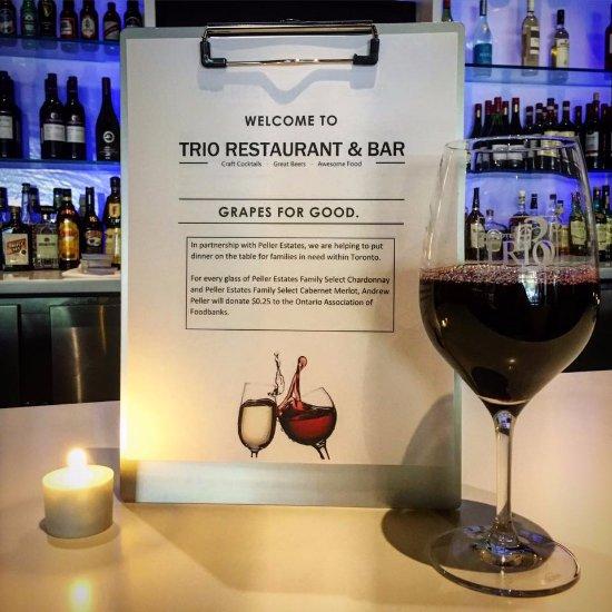 Trio Restaurant And Bar At Novotel Toronto North York Hotel