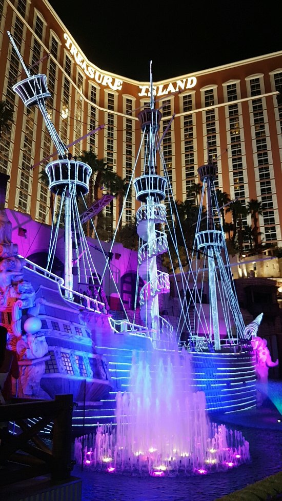 Treasure Island Las Vegas Room Reviews