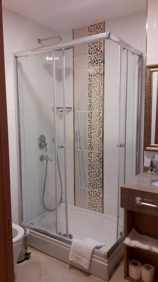 Aprilis gold hotel desde estambul turqu a opiniones y comentarios peque o hotel for Grand naki hotel