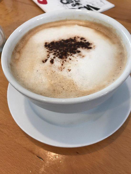 Metropol Frankfurt Cafe