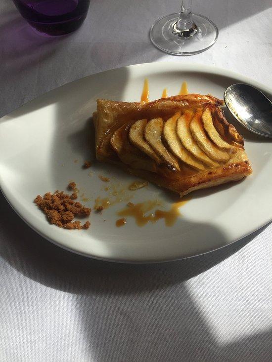 Le presbytere tiffauges restaurantanmeldelser tripadvisor for Tiffauges restaurant