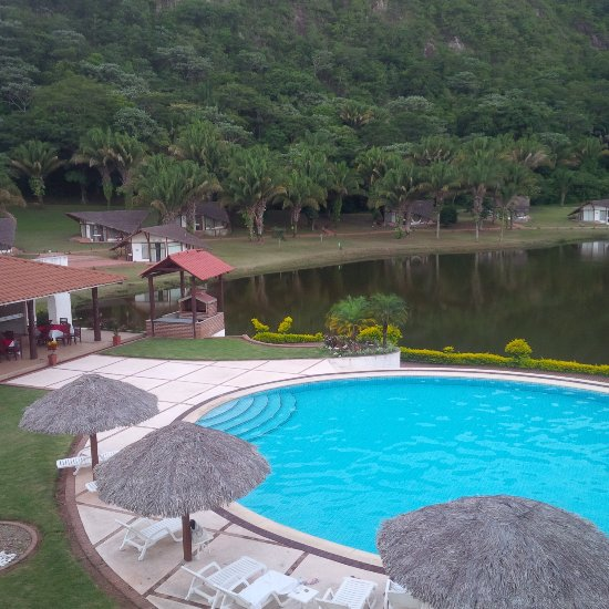 Laguna volcan golf eco resort bermejo bolivie voir for Piscine laguna tarif