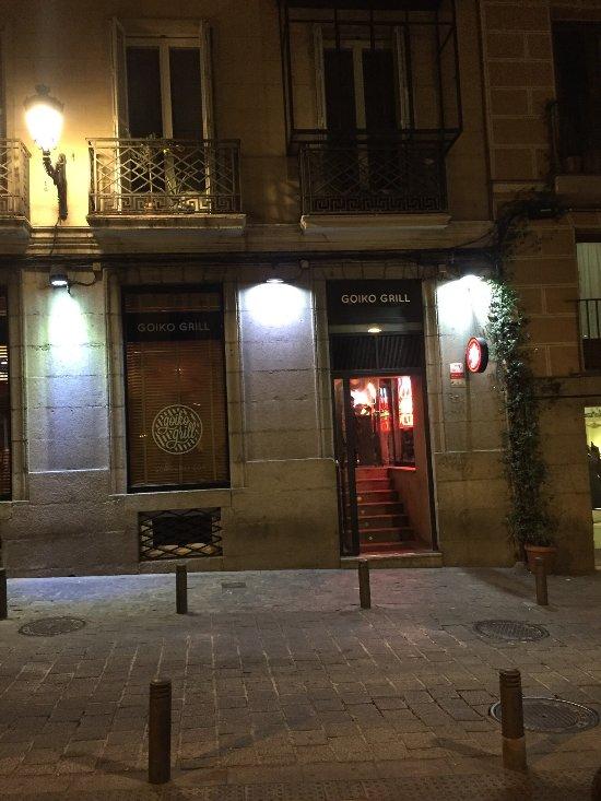 Goiko grill madrid calle del prado 15 huertas n mero for Calle prado 9 madrid